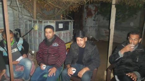 وفد من كتائب شهداء الأقصى - لواء غزة بالمنطقة الوسطى يطمئن على صحة المناضل: نسيم أبو زايد