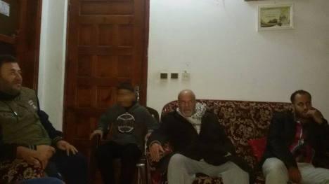 وفد من كتائب شهداء الأقصى - لواء غزة تزور والد المناضل: محمد شاهين بعد إصابته بوعكة صحية