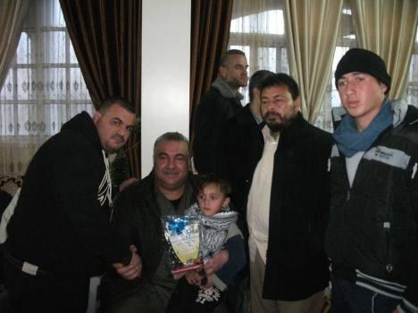 وفد من كتائب شهداء الأقصى - لواء غزة يشارك في تكريم عائلة الشهداء: محمد ورائد ونائل الريفي