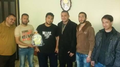 زيارة للاخ المناضل  علي ابو علي بمناسبة حصوله على شهادة البكالوريس في تكنولوجيا المعلومات من جامعة قلسطين