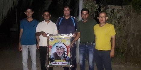 وفد من كتائب الأقصى – لواء غزة يهنئ الأخ: محمد درويش ياسين بقدوم مولوده الجديد