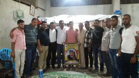 وفد من كتائب الأقصى – لواء غزة يهنئ عائلة شلح بزفاف: محمود بكر شلح
