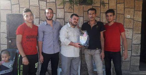كتائب الأقصى - لواء غزة تزور عائلة الشهيد البطل حسن اشتيوي
