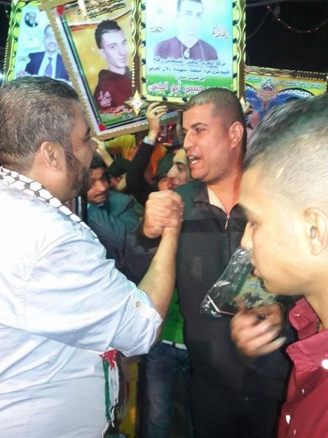 وفد من كتائب الأقصى – لواء غزة يبارك للأخ: محمد حسن ابو الخير زفافه