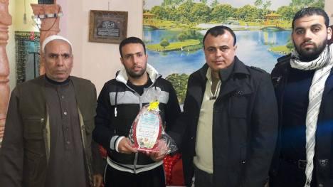 وفد من كتائب شهداء الأقصى - لواء غزة يزور المناضل: مازن إرشي