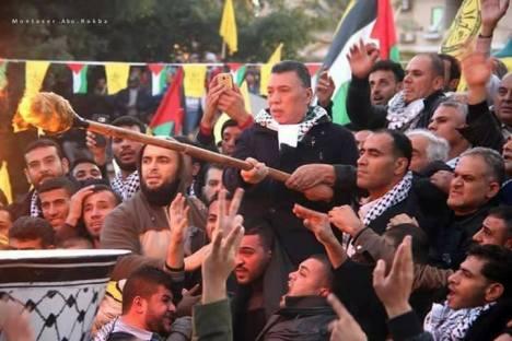 القائد ابو ماهر حلس يضيئ شعلة الانطلاقة ال 52 بالجندي المجهول