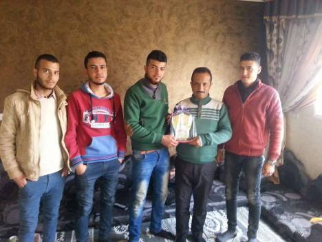 وفد من كتائب شهداء الأقصى - لواء غزة يزور أسرة الشهيد: مهنا سعد مصلح