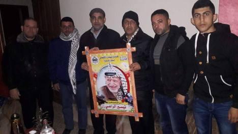 وفد من كتائب شهداء الأقصى - لواء غزة يزور الأستاذ/ تيسير الراعي